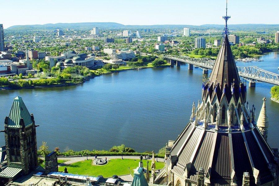 Обзорный тур в Оттаву